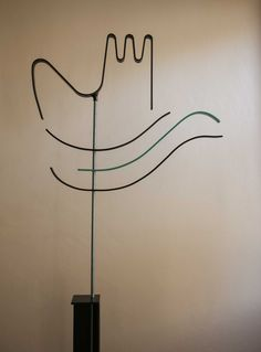 Le Corbusier Open hand inspired hat stand by Aard Ateljee