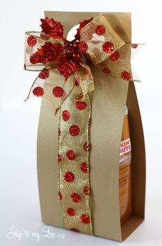 Coffee gift carrier~ Great idea for the Seasonal Flavored Coffees~also snowman coffee gift carrier tutorial.