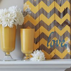 Love the pallet in the background. Would look awesome in the bedroom with the new color scheme.
