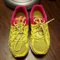 Asics Gel women's running shoes Asics Gel women's running shoes. Neon yellow and pink. Normal wear. asics Shoes Sneakers