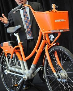 Today @nike announced they will sponsor Portland's first bike share program! 1,000 bikes will be stationed all across the city that can be rented for as little as $2.50 a ride starting this summer. How beautiful are these bikes!? #biketown #nike #pdx