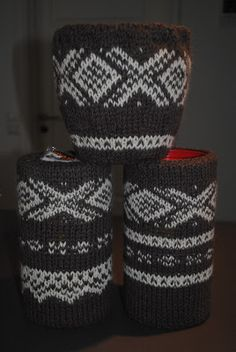 VillaMillehus: Tennbrikettskjuler (oppskrift) Popular Pins, Save Yourself, Knitted Hats, Knitting, Tips, Tricot, Breien, Stricken, Weaving