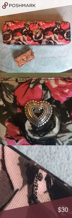 Brighton jewelry case Beautiful chic jewelry case! Great for traveling with very valuable jewelry Excellent condition Check out my closet for some jewelry to bundle with it! Brighton Jewelry