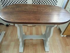 Little refectory table.