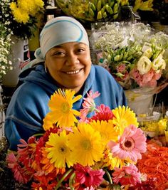 Right on my doorstep, a regular Friday visit......Adderley Street flower sellers - Cape Town Tourism