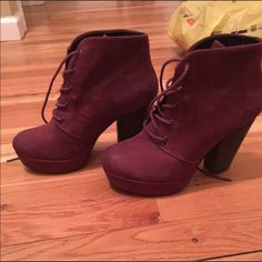 Steve Madden Raspy Booties BRAND NEW! Steve Madden Raspy Booties are perfect for a casual look or dressing up! Extremely comfortable & trendy! Steve Madden Shoes Heeled Boots