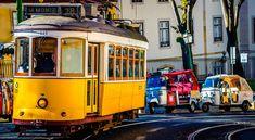 Лайфхак – бюджетное путешествие в Лиссабон - Как интересно и вкусно отдохнуть в Лиссабоне всего за 25 евро в день - via Discover Portugal 08.04.2015 | Лиссабон не зря называют «европейским Сан-Франциско»: у городов одинаковые мосты, трамвайчики, крутые улицы с резкими подъемами и спусками, и совершенно особенная атмосфера. Лиссабон, как и Сан-Франциско - яркий, необычный, суетливый город, где жизнь не замирает ни на минуту. Photo: старинный трамвай