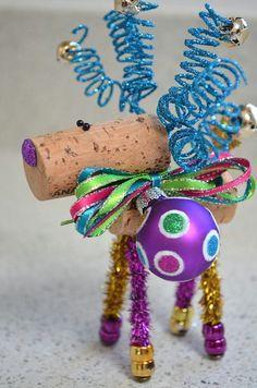 Wine Cork Reindeer Ornament | Reindeer Ornaments, Wine Corks and ...