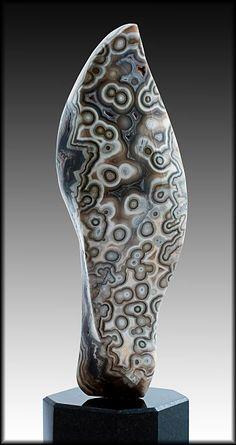 Gemstone Sculpture: Galleries, Snake Eyes