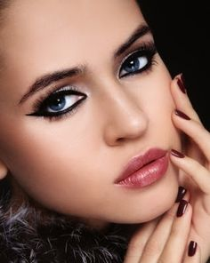 makeup-ideas-modern-glam-egyptian-eyes