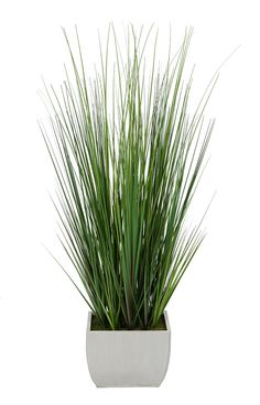 This green PVC grass has been crafted with an eye for detail. The grass leaves…