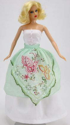 Hankie Couture Butterfly Apron ♡♡♡  http://hankiecouture.com/index.php
