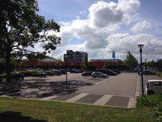 2014 06 17 Noordzijde winkelcentrum De Hooge Meeren