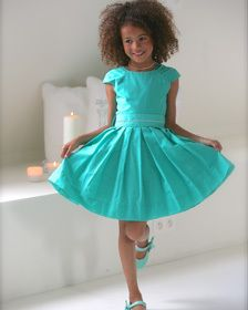 eerste communie kledij 2015 - Google zoeken Dope Clothes, Pictures Of People, First Communion, Baby Girls, Girl Fashion, Beautiful Pictures, Girl Outfits, Dreams, Sewing