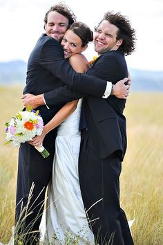 bride, groom, and best man. SO cute. I'd also want to do the opposite and have the groom in the middle with the bride and maid of honor on either side