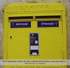 Boite aux lettres en Bretagne ! Brest Bretagne, Breizh Ma Bro, France Love, Little Britain, Brittany, Locker Storage, Lol, Poster, Sang
