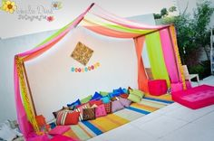 Would love to have my bedroom like this!! @Shrina Patel @pinkfrosting0 bollywood style