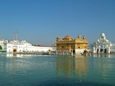 Destination Of The Week : Harmandir Sahib, Amritsar - Spending time with my cousins in Amritsar is one of my favourite things to do. This December we decided to visit #Harmandir_sahib, #Amritsar that is also known as #Golden_temple.
