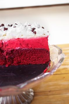 Have I told you about my addiction to red velvet ?       Lately, I have been dreaming of making more challenging cakes. It's not that making...