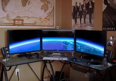 Best Home Office Workstation Setups - With so much time spent in front a computer, your workstation becomes a big part of your life. Some people go for straight out luxury for work or play. Others people are more concerned with gaming or home theaters, while others need a space-saving workstation. Here are 25 Nice Workstation Setups for your inspiration.