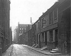 Another legendary pub (Tommy Duck's) I was in when it stood, but a rare 19th century photo while it was still surrounded by other buildings.