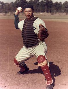 Roy Campenella   Brooklyn Dodgers   Catcher   1969 Dodgers Gear, Dodgers Baseball, Baseball Players, Pro Baseball, Baseball Stuff, Baseball Photos, Mlb, Hockey, Negro League Baseball