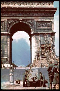PARIS....1939..1940....SOURCE DONA.CENTERBLOG.NET......