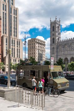Your comprehensive 2014 guide to Montreal streetfood and food trucks