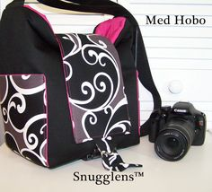 this is the digital slr camera bag i've been looking for!  pink!