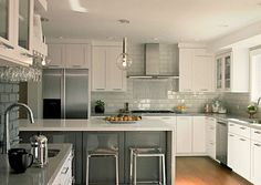 Traditional White Cabinets Backsplash : Ideas Design White ...