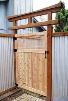 New Free japanese garden gate Popular Western gardens tend to be conventional gardens that make little idealized panoramas, frequently with a very a. Japanese Fence, Small Japanese Garden, Japanese Garden Design, Japanese Style, Wooden Garden Gate, Garden Gates And Fencing, Unique Garden, Torii Gate, Fence Styles