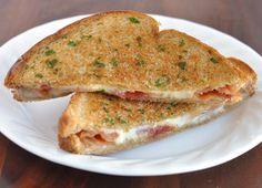 mozzarella bacon grilled cheese