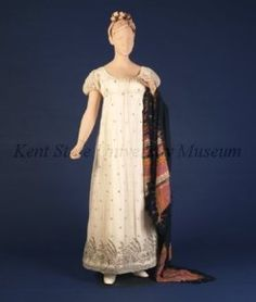 Evening dress, 1803-07 India (worn in Europe, the UK or the US), Kent State Silver embroidery on the hem: