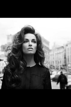 Volume curly blowdry+rollers=wow