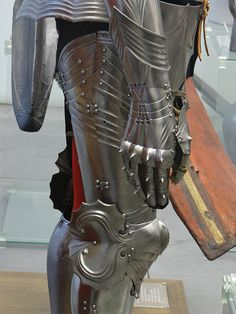 Beautiful complete armour with some later additions; Medieval Weapons, Medieval Knight, Medieval Fantasy, Arm Armor, Body Armor, Larp, Knight Armor, Museum, Armor Concept