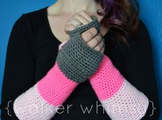 Ravelry: Color Block Arm Warmers - free pattern by Caitlin Walker