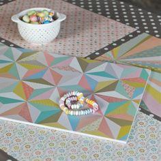 Sets de table Mini Labo // @decographic