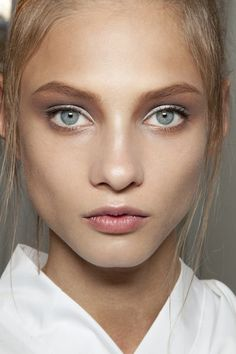 Anna Selezneva// the white shadow and subtle liner is fresh and a great option for natural makeup.