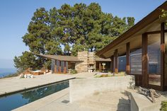 Home designed for Palos Verdes residents Judge F. and Jeannie Anderson by architect Aaron Green in 1959.