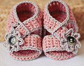 Baby Booties Crochet crafts