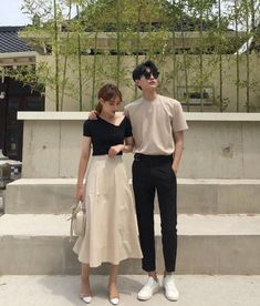 Matching Couple Outfits, Matching Couples, Ulzzang Couple, Ulzzang Girl, Casual Fall Outfits, Stylish Outfits, Korean Couple Photoshoot, Korean Fashion Trends, Couple Photography Poses
