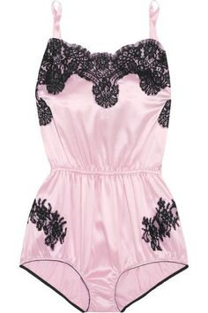 Pastel-pink satin, black lace Pulls on 47% silk, 39% cotton, 14% nylon Hand wash Made in Italy