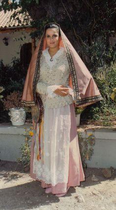 traditional sicilian wedding dress - costume siciliano