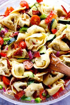 A zesty italian salad with tortellini, bacon and vegetables. This salad will be a huge hit wherever you take it! As the warm weather is approaching I get so excited for the family gatherings and barbecues! We dusted off our barbecue for the first time this week. We are seeing glimpses of warm days and …