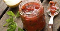 10 molhos industriais que você pode fazer em casa, ketchup, pesto, molho de tomate, béchamel, etc.