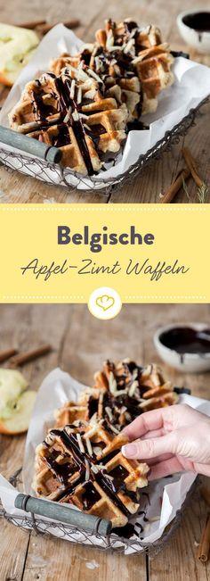 Unschlagbares Duo trifft auf belgischen Klassiker: Saftiger Apfel und würziger Zimt machen aus der knusprigen Waffel einen saftigen Herzenswärmer.