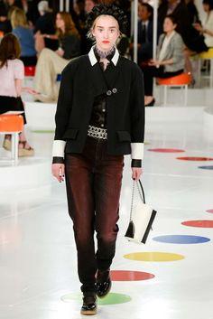 Chanel Resort 2016 Fashion Show - Soo Joo Park