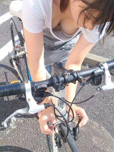 wdlabo: ビアンキ×嗣永桃子 おっぱいより自転車の汚さが気になる方は手遅れです。 諦めましょう。