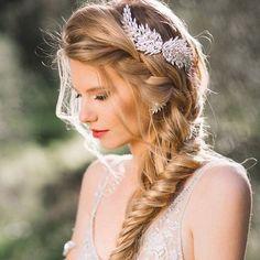 Peinados para novia 2017 – 2018 https://cursodeorganizaciondelhogar.com/peinados-para-novia-2017-2018/ Hairstyles for bride 2017 - 2018 #Belleza #Bodas #cabello #ideasparaboda #Ideasparabodas #Ideasparaelcabello #Novias #novias2017 #peinadosdemoda #peinadosparanovia #Peinadosparanovia2017-2018 #peinadosparanovias