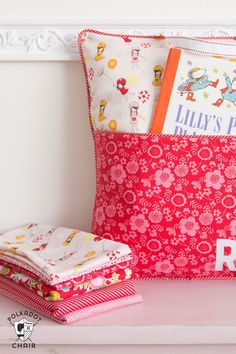 How to sew a personalized reading pillow with a pocket and handle - free sewing pattern and tutorial on polkadotchair.com